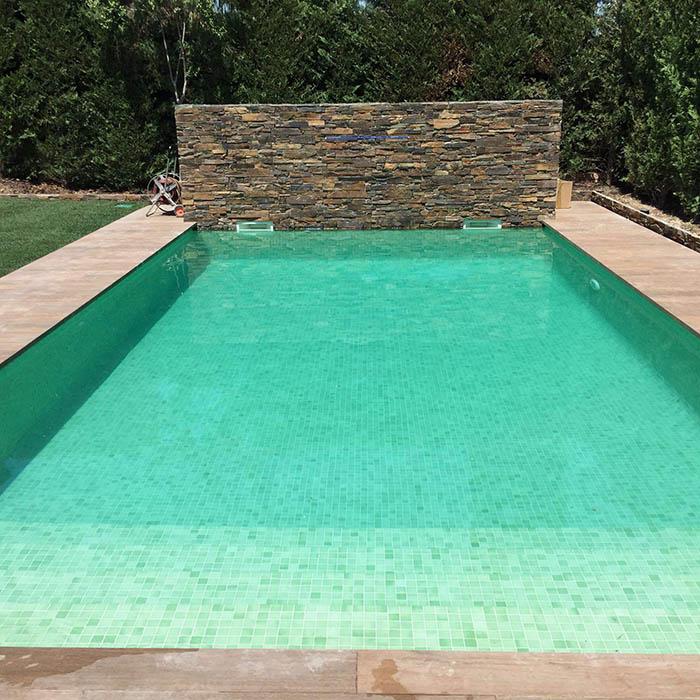 Ejemplo de piscina 4