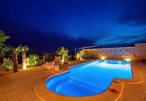 Eletricidad en piscina